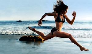 tips-for-barefoot-beach-running-6